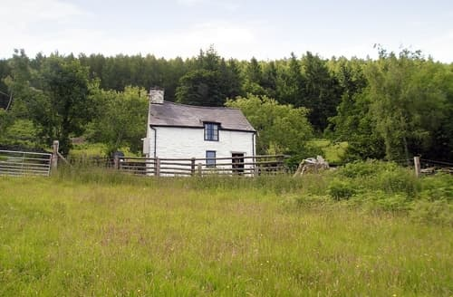 Last Minute Cottages - Tasteful Corwen And The Berwyn Mountains Cottage S21982