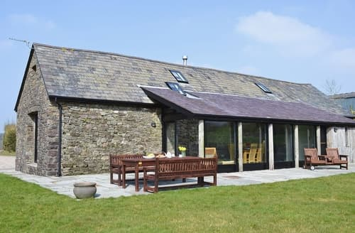 Last Minute Cottages - Cennen Cottages- Longhouse