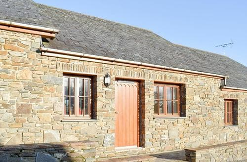 Last Minute Cottages - Inviting Aberaeron Cottage S21477