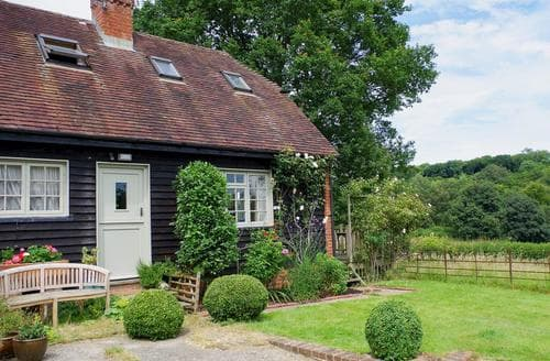 Last Minute Cottages - Malthouse Barn