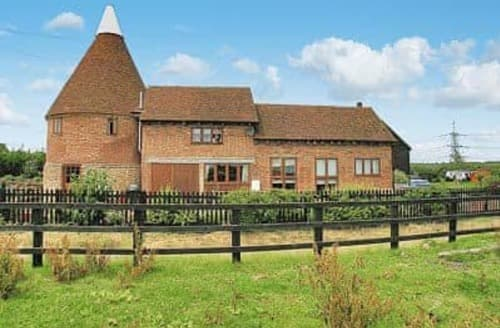 Last Minute Cottages - Thornsdale Oast House