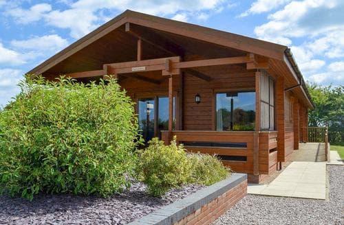 Last Minute Cottages - Captivating Skegness Lodge S15896
