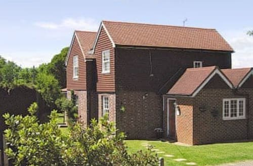 Last Minute Cottages - Beautiful Hastings Cottage S13963