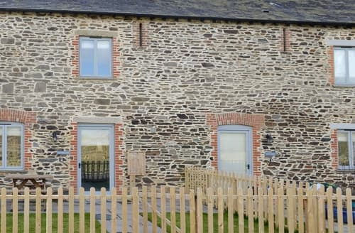 Last Minute Cottages - Badger barn