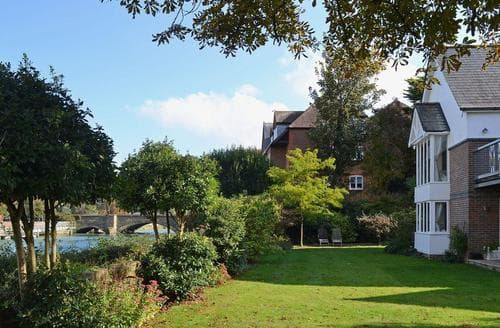 Big Cottages - Splendid Arundel Cottage S40480