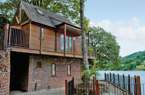Last Minute Cottages - Inglenook Boathouse