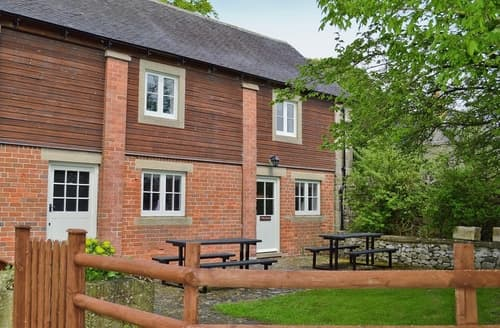 Last Minute Cottages - Two Dales - REEY
