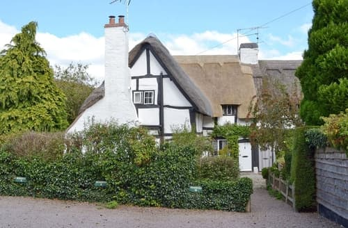 Dog Friendly Cottages - Hathaway Hamlet