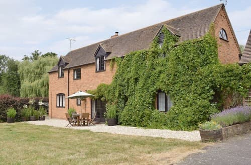 Last Minute Cottages - Tasteful Ledbury Cottage S16952