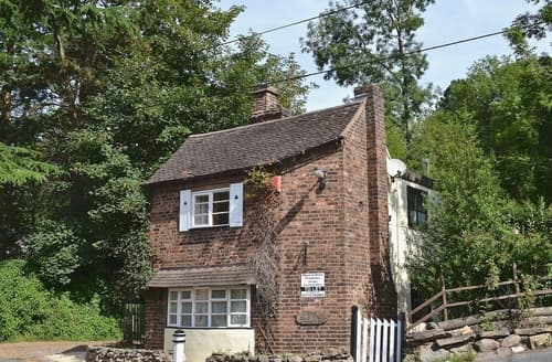Last Minute Cottages - The Old Toll House