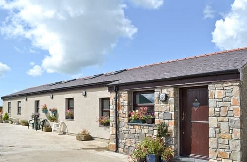 Last Minute Cottages - Captivating Rhosneigr And Aberffraw Cottage S24752