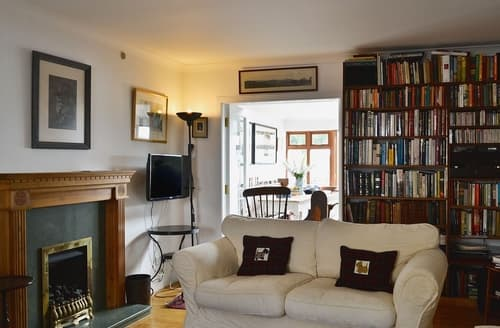 Last Minute Cottages - Charming Kirkcudbright Cottage S23667