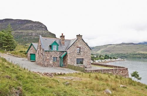 Big Cottages - Exquisite Applecross Cottage S24286