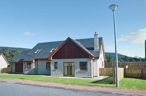 Big Cottages - Superb Aviemore Cottage S22655