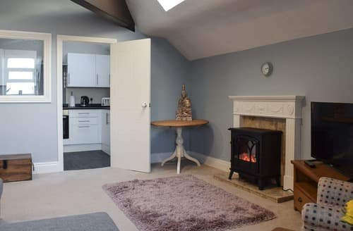 Last Minute Cottages - Quaint Saltburn By The Sea Apartment S129232