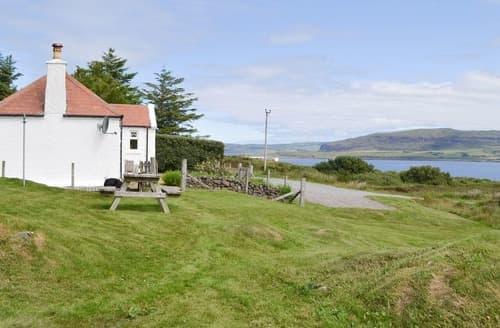 Last Minute Cottages - Quaint Portree Cottage S22501
