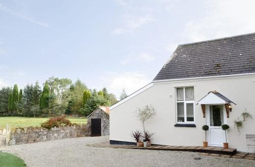 Last Minute Cottages - Cosy St Columb Major Cottage S20814