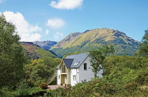 Big Cottages - Captivating Glencoe Cottage S22591