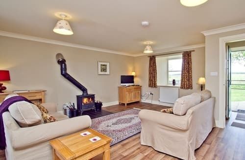 Last Minute Cottages - Beautiful Biggar Cottage S23535