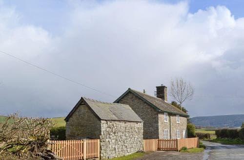 Last Minute Cottages - Lovely Bishops Castle Cottage S16723