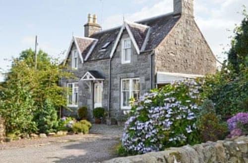 Last Minute Cottages - Lochview