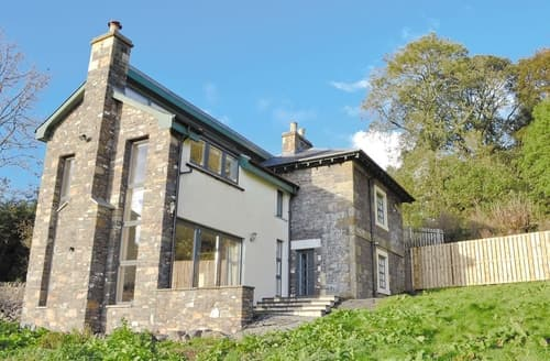 Last Minute Cottages - Beautiful Peebles Lodge S24325