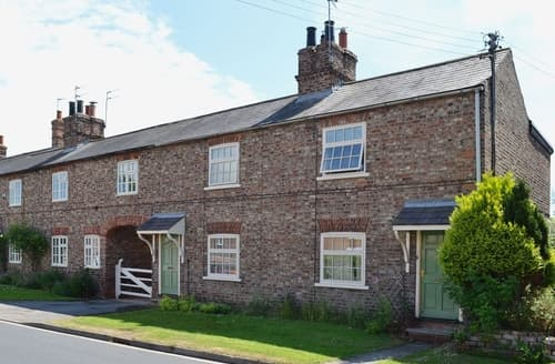 Last Minute Cottages - Gorgeous York Cottage S37641