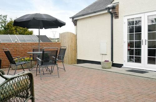 Last Minute Cottages - Splendid Holyhead And Treaddur Bay Cottage S22092