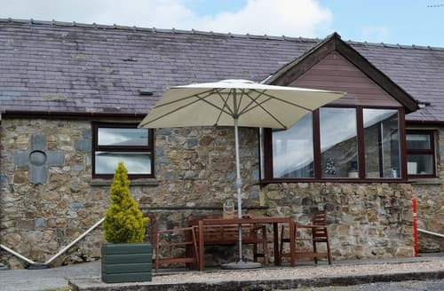 Dog Friendly Cottages - Splendid Tenby Cottage S21969