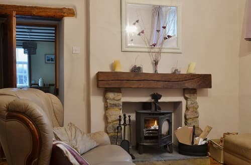 Last Minute Cottages - Captivating Matlock Cottage S16675