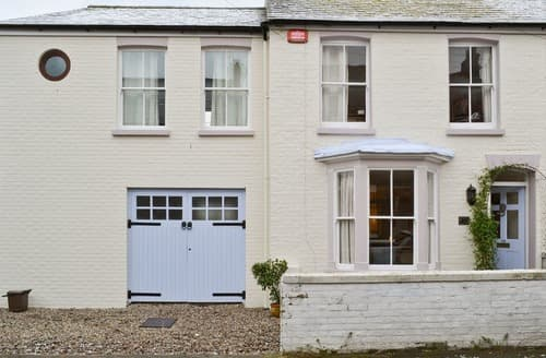 Last Minute Cottages - Newhaven