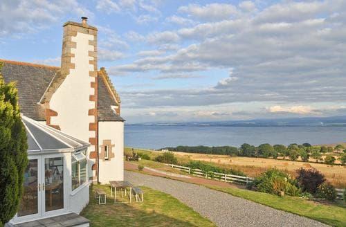 Last Minute Cottages - Stunning All Black Isle Lodge S24792