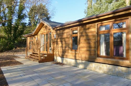 Last Minute Cottages - Otter Lodge UK10584