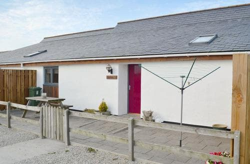 Last Minute Cottages - Superb Porthtowan Cottage S24802