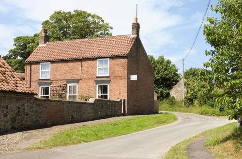 Last Minute Cottages - Quaint Bridlington Cottage S14858