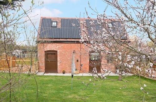 Dog Friendly Cottages - The Swallows Barn