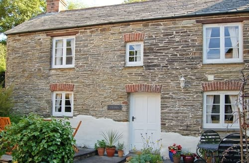 Dog Friendly Cottages - Delightful Padstow Cottage S20641