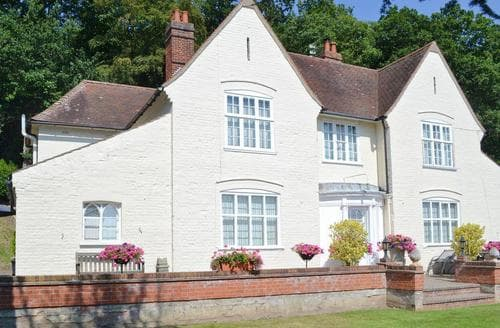 Last Minute Cottages - Inviting Norwich Apartment S25475