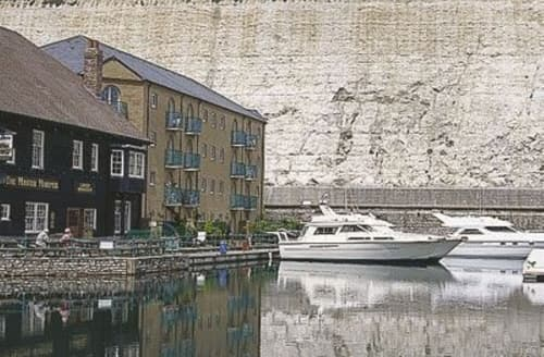 Last Minute Cottages - Mariners Quay
