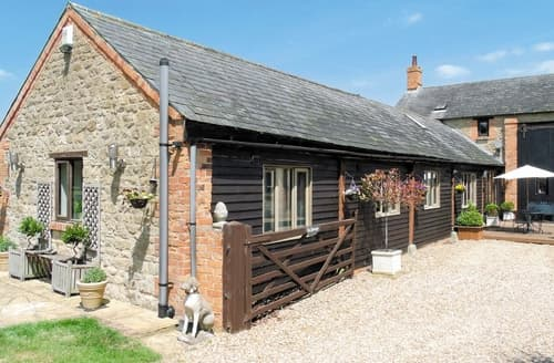 Big Cottages - The Granary Barn