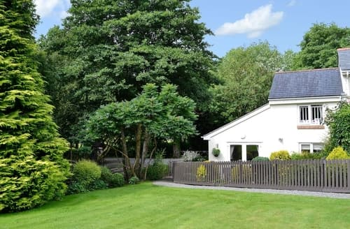 Last Minute Cottages - Gorgeous Barnstaple Cottage S38156