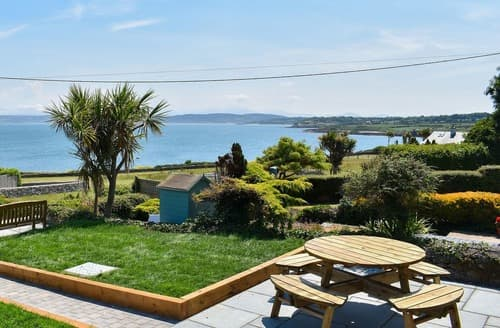 Last Minute Cottages - Superb Benllech Cottage S106006