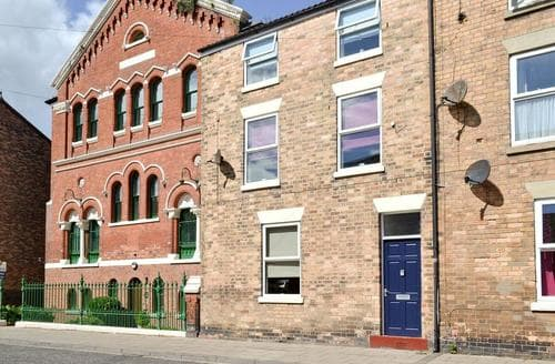 Last Minute Cottages - Quaint Filey Apartment S60254