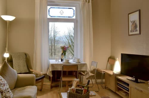 Last Minute Cottages - Adorable Dunoon Apartment S123955
