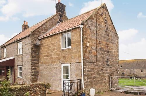 Last Minute Cottages - High Farm Cottage