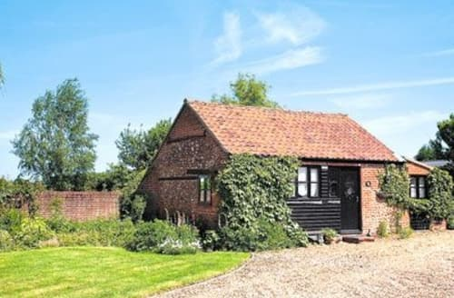 Last Minute Cottages - Wonderful Dereham Cottage S17164