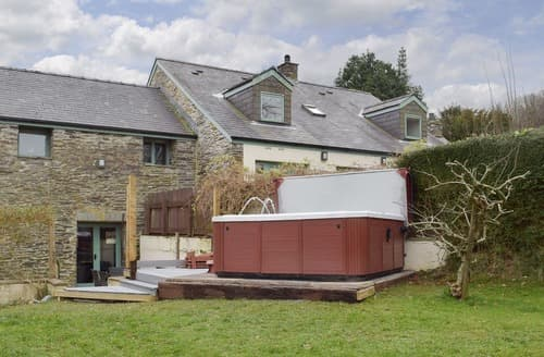 Big Cottages - Wonderful Preseli Hills Cottage S127879