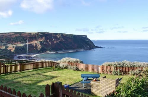 Last Minute Cottages - Ruach