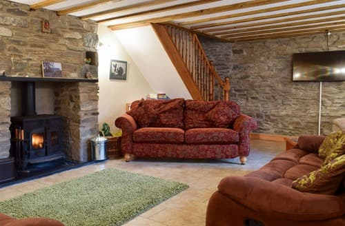 Last Minute Cottages - Attractive Tregaron And The Cambrian Mountains Cottage S127614