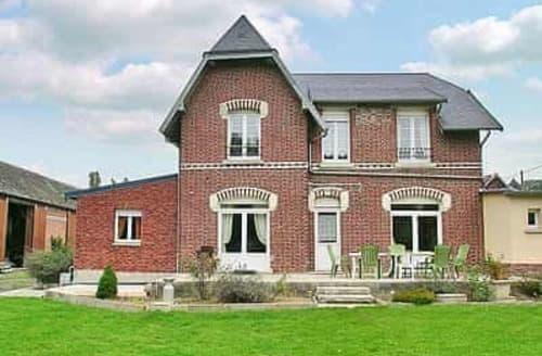 Last Minute Cottages - Gîte de la Vallée St Martin - G200817